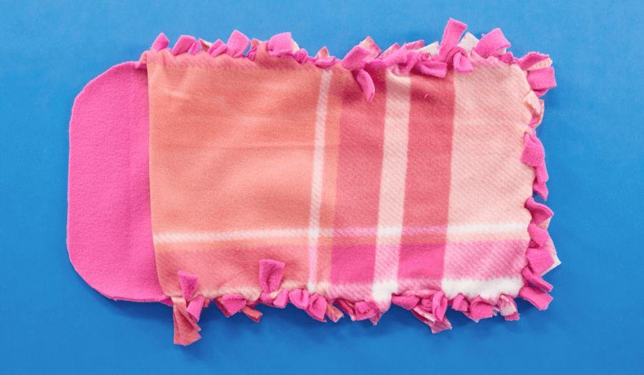 tie bottom strip to top strip