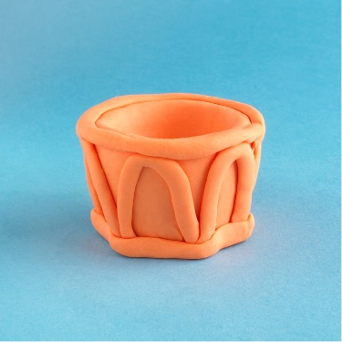 Play-Doh How-To: make a flowerpot step four