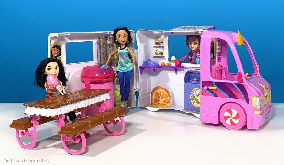 Disney Princess Comfy Squad Sweet Treats Truck Review