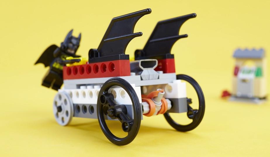 LEGO minifigure zipline in action