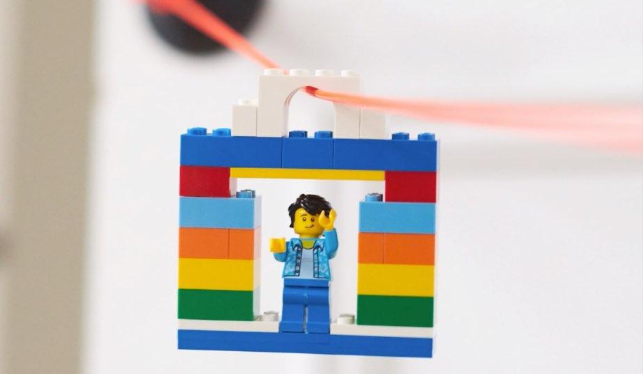 LEGO Zipline DIY
