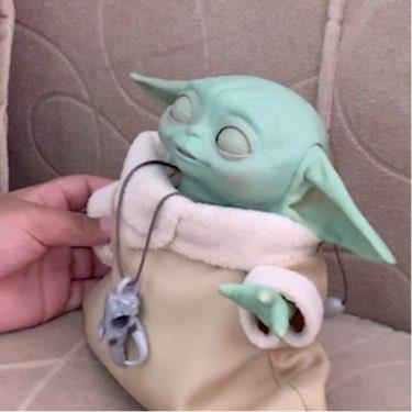 Star Wars: The Mandalorian The Child Animatronic Edition