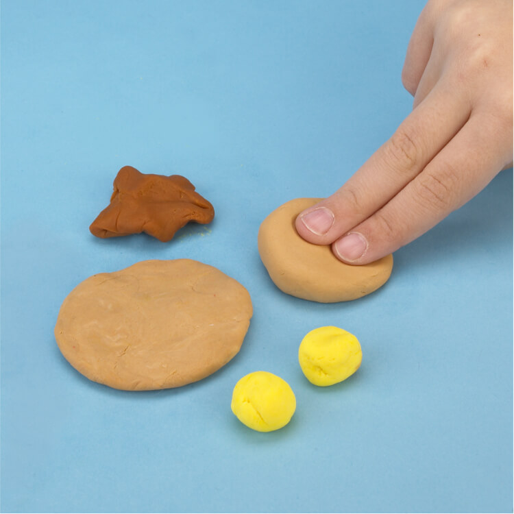 how to make pretend pancakes with PlayDoh dough compound step one